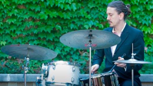 El baterista mexicano