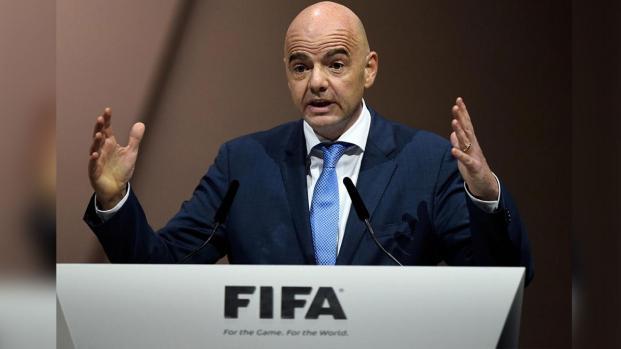 Presidente de la FIFA estuvo en el partido donde mujeres iraníes son arrestadas