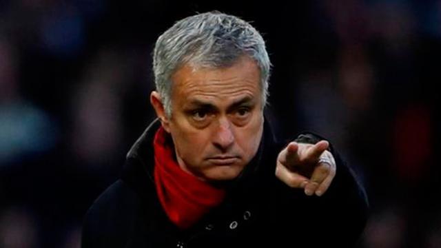 Mourinho explota contra sus jugadores pese a la remontada ante Crystal Palace
