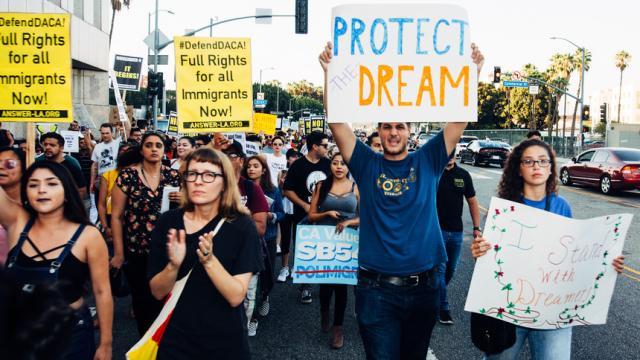 ¿Como influye en los inmigrantes dictamen de la Corte Suprema sobre 'DACA'?