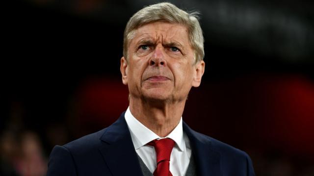 Wenger es cuestionado por sus ultimas actuaciones con el Arsenal