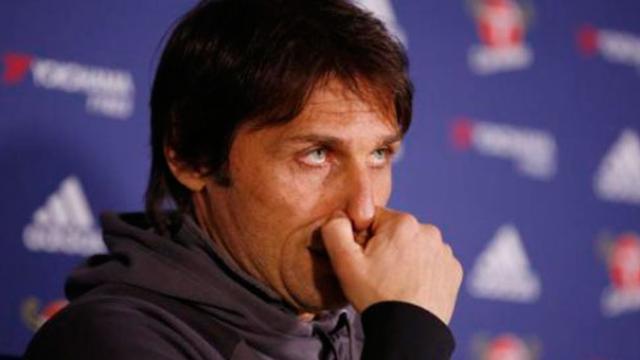 El Chelsea pretende a defensor del AC Milan