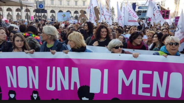 Oggi 8 marzo, Festa della Donna, scioperi e manifestazioni
