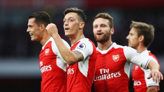 Arsenal firmó una extensión de cinco años de su contrato con Emirates