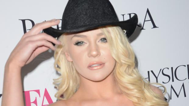 Courtney Stodden en problemas financieros en medio de divorcio