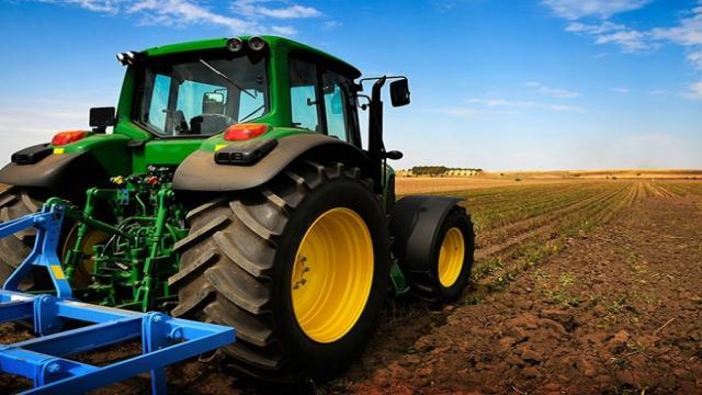 La importancia de la tecnología y la maquinaria agrícola