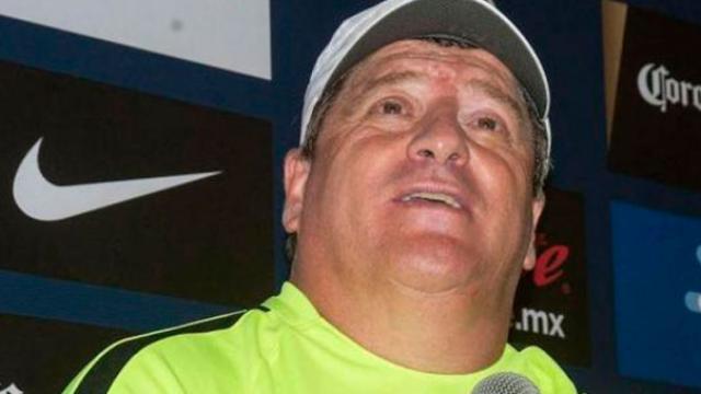 Miguel Herrera adelanta la sorpresiva alineación que mandará contra León