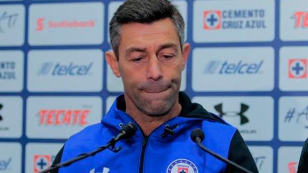 Pedro Caixinha seguro de no abandonar el barco del Cruz Azul