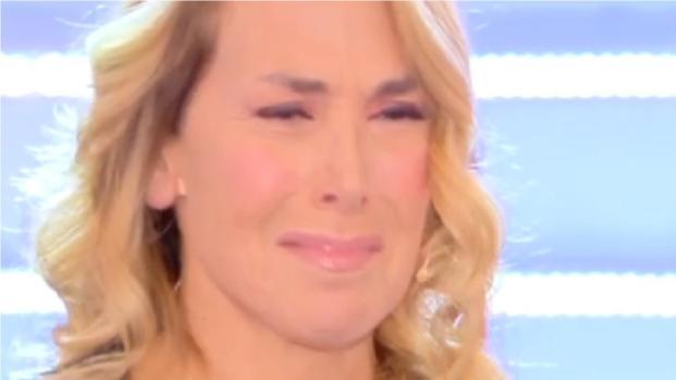 Barbara D'Urso piange in diretta a Domenica Live: ecco perchè