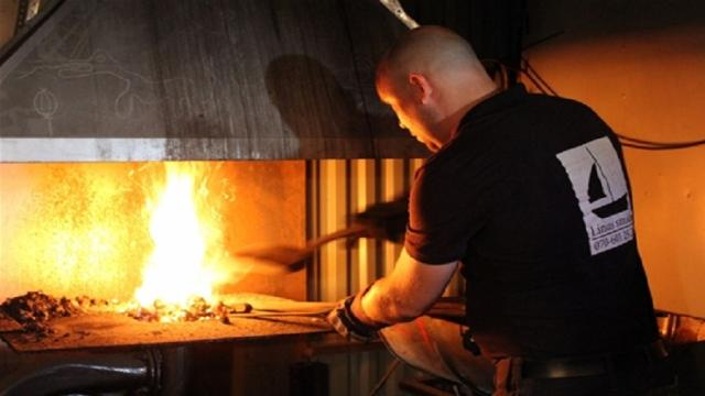 La empresa familiar está cambiando a la industria de la forja