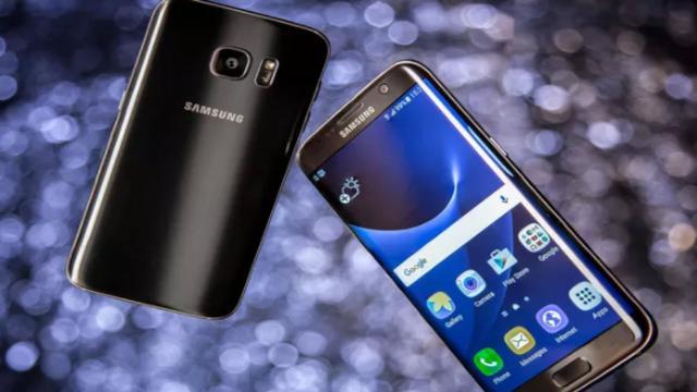 Samsung regala uno smartphone ai suoi clienti: ecco come