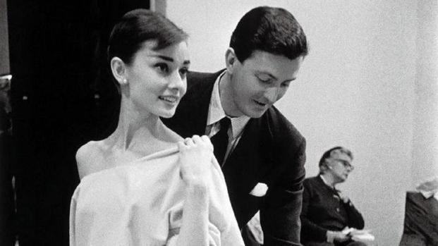 Givenchy, noto stilista, si è spento all'eta di 91 anni - VIDEO