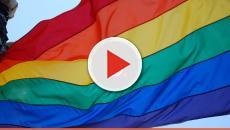 Santa Ceia Gay chora e gera polêmica com quadro usado em festa LGBT