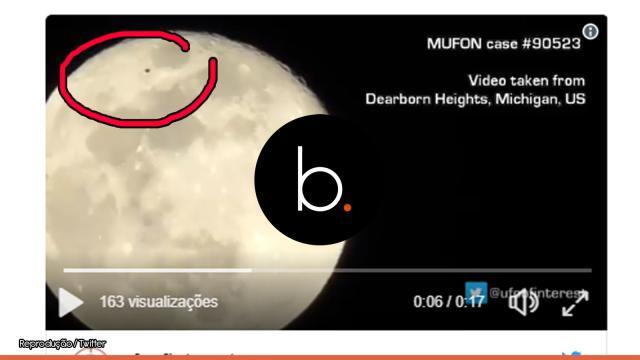 Astrônomo amador filma Ovni próximo à lua cheia