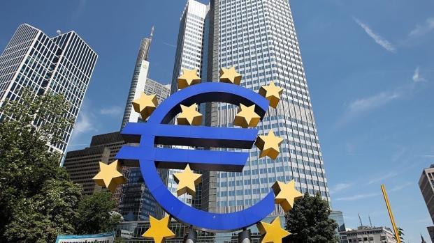 Banche: Bce, 2-7 anni per rientro npl