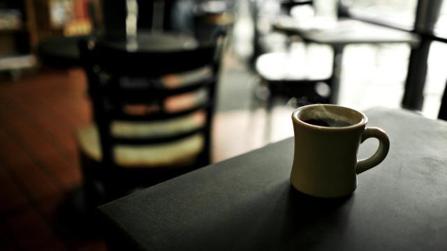 El café se echó a perder: maxi incautación en Salerno