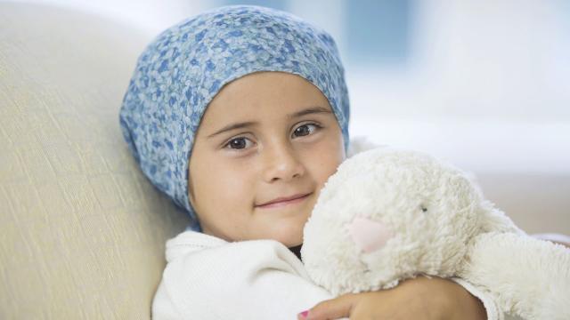 Un gorro para evitar perder pelo con quimioterapia