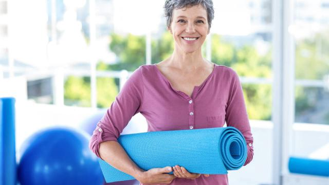 ¿Cómo practicar gimnasia en la tercera edad?