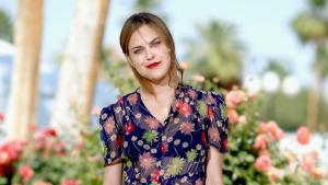 Tallulah Willis shows a lot of skin in plunging pink swimsuit
