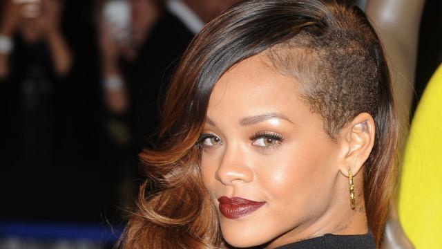 Snpachat pierde 1 billón de dólares gracias a Rihanna