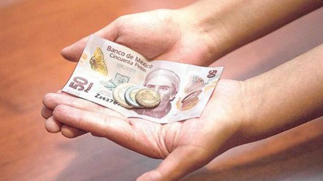 5 estrellas: € 1700 para familias, salario mínimo, nuevas horas de trabajo
