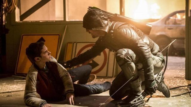Avances de Arrow: 'No podemos abandonarlo'