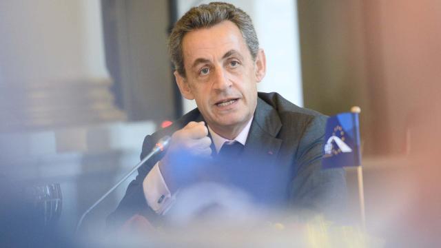 Detenido Sarkozy: 'Préstamos ilícitos de Libia en 2007'