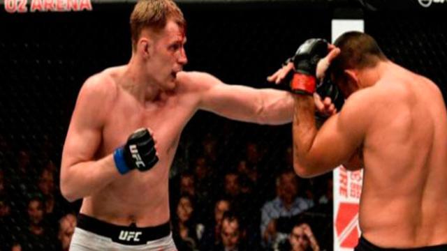 Volkov noquea a Werdum en UFC London con porte y paciencia