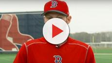 Chris Sale leaves Spring Training game with injury