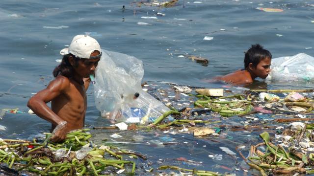 Los niños, los principales afectados por la contaminación