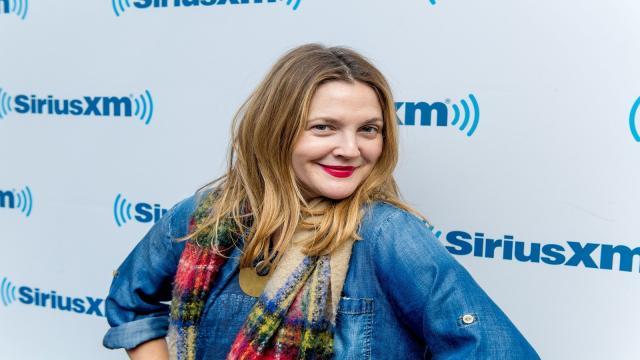 Cuál fue la respuesta de Drew Barrymore al fan que pensó que estaba embarazada