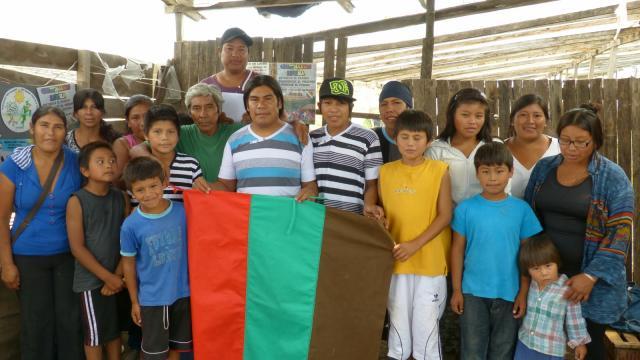 Familias argentinas visitan tumbas identificadas de las Islas Falkland