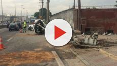 Camaro de funkeiro parte ao meio em acidente fatal
