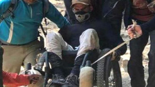 Sube al Everest en silla de ruedas