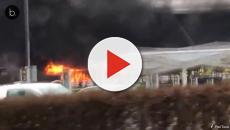 Incêndio em aeroporto de Londres cancela voos, veja o vídeo
