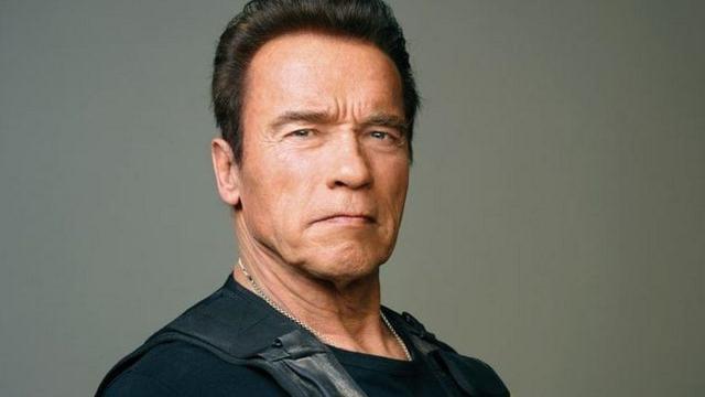 Arnold Schwarzenegger está estable después de cirugía a corazón abierto