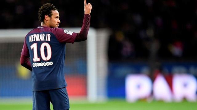 Neymar, quiere superar a Messi y a Cristiano Ronaldo