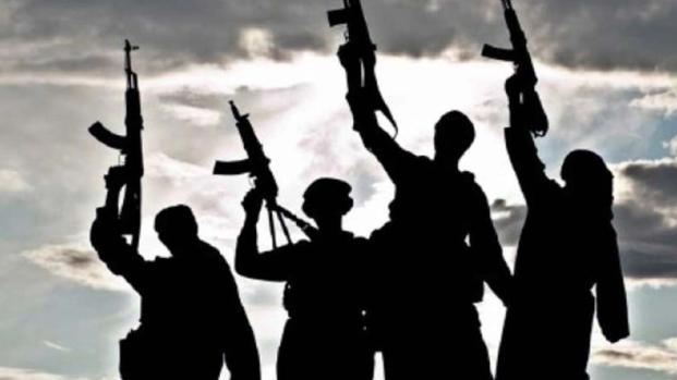 Terrorismo: 23enne arrestato per legami con l'Isis