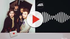 Arctic Monkeys anuncia lançamento de novo álbum em maio