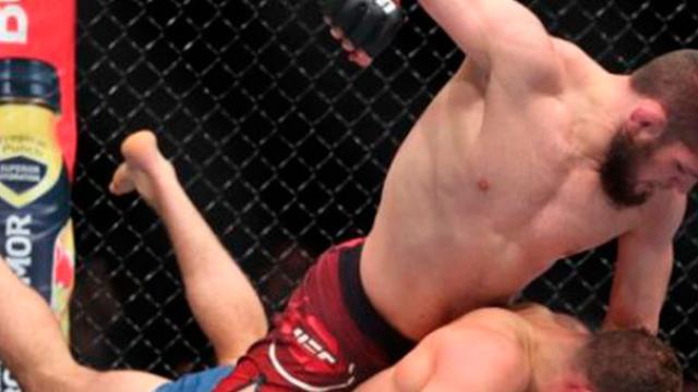 Khabib por fin es campeón ligero indiscutido, al dominar a Iaquinta en UFC 223