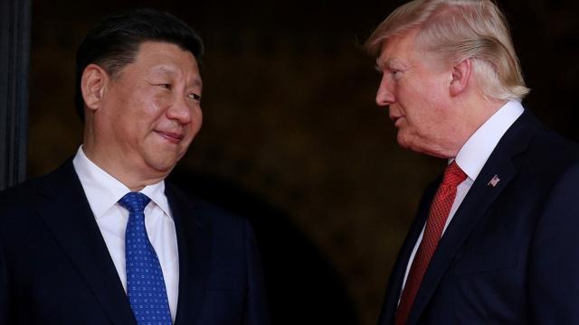 En medio de los temores de la guerra comercial, Trump predice que China cederá