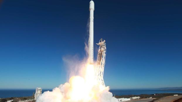 SpaceX lanza por segunda vez Falcon 9 junto a la NASA
