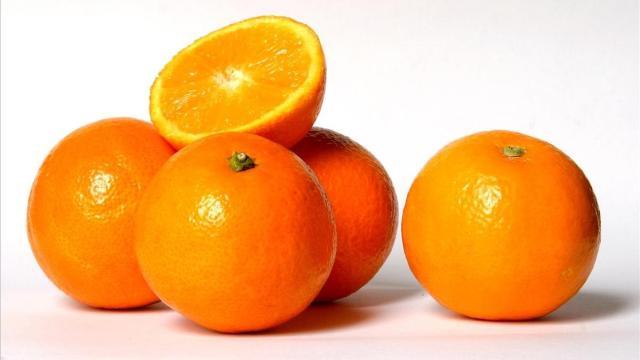 Razones por las cuales debes de consumir naranjas