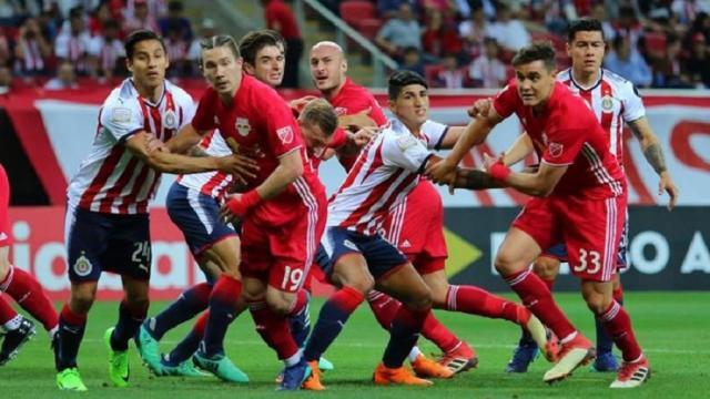 Toronto enfrentará a Chivas en la final