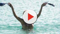 Isola Dei Famosi: bacio tra Jonathan e Amaurys, la Cipriani fa il bagno nuda
