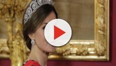 El look de la reina Letiza en la cena de Rebelo deslumbra