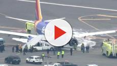 Passageira é sugada para fora do avião durante voo