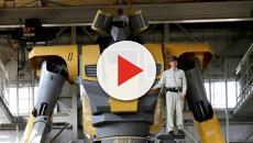 Inspirado em anime, engenheiro constrói robô gigante no Japão