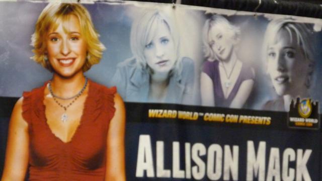 Alison Mack arrestada por caso de