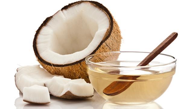 ¿Es bueno el aceite de coco para la salud?